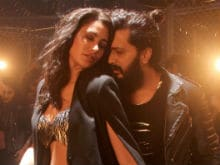 Riteish Deshmukh and Nargis Fakhri Pump It Up in <i>Banjo Party</i>