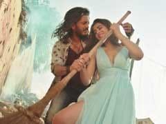 फिल्म रिव्यू : भावनात्मक सफर पर ले जाती है कलाकारों के संघर्ष की कहानी 'बैंजो'