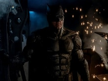 First Look: <I>Justice League</i>'s Batman Arrives. Thank You, Zack Snyder