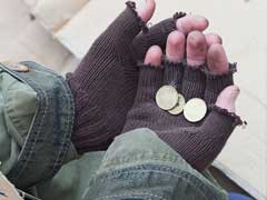 43 Million Americans Lived Below Poverty Line In 2015: Report