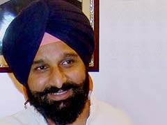 किसानों को वापस कर दी गई है एसवाईएल नहर की जमीन : बिक्रम सिंह मजीठिया