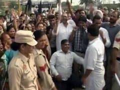 Arvind Kejriwal Shown Black Flags Again After Landing In Amritsar