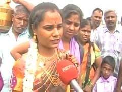 तमिलनाडु की बसों पर हमले के बीच मीलों पैदल चलकर पहुंची दुल्हन, बयां किया दर्द