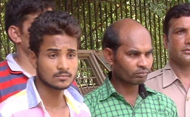 दिल्ली : अवैध संबंध का शक होने के कारण गर्दन आरी से काट दी, नृशंस हत्या के आरोपी गिरफ्तार
