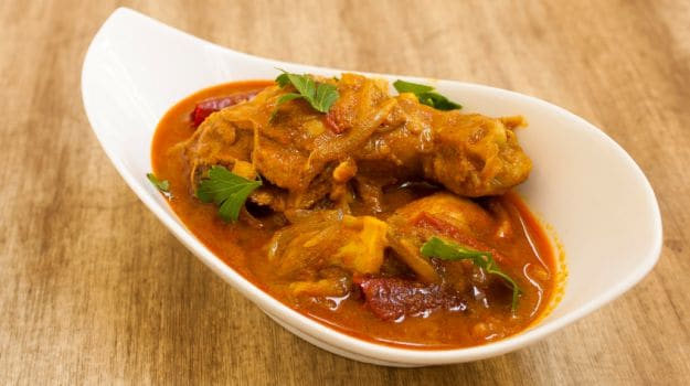 10 Best South Indian Dinner Recipes-chicken curry