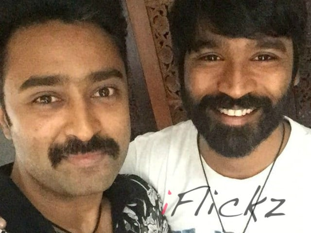 Director Dhanush, as Reviewed by His Power Pandi Actor Prasanna