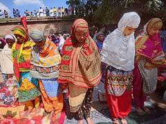 Bakrid 2018: देशभर में ईद-उल-अजहा का जश्न, पीएम मोदी ने दी बकरीद की बधाई