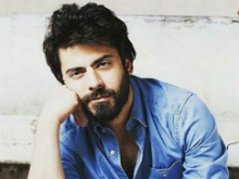 Fawad Khan, Not Shah Rukh, Will Apparently be First on <i>Koffee With Karan</i>