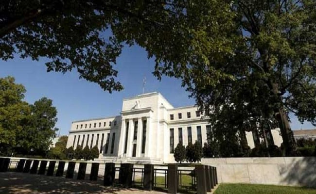 US Central Bank Cautious On Policy Tightening, Ties Rate Hike To Economic Rebound
