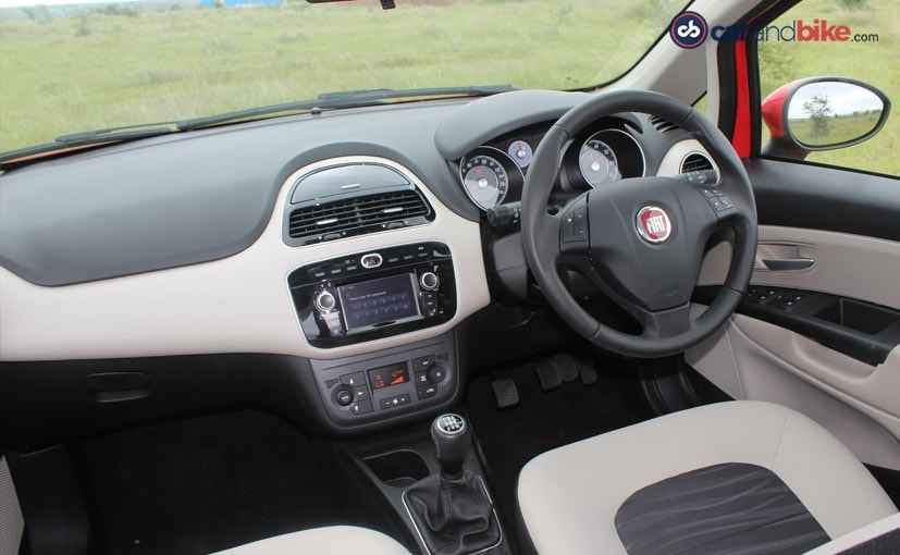 Fiat Avventura Urban Cross Abarth Cabin