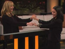 Courteney Cox, Lisa Kudrow Played <i>F.R.I.E.N.D.S</i> Trivia Match In Reunion