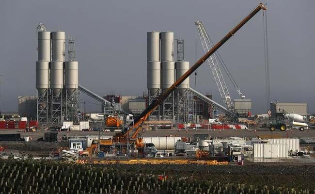 Britain Approves $24 Billion Nuclear Plant, Easing Chinese, French Ties