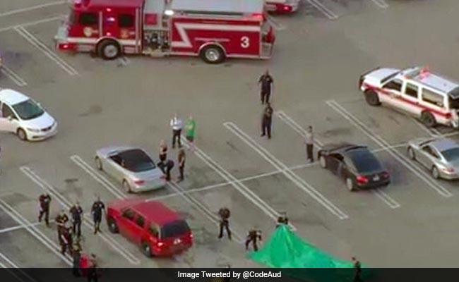 ह्यूस्टन के मॉल में हुई गोलीबारी में कई जख्मी, बंदूकधारी मारा गया : रिपोर्ट