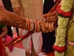Wearing Masks, Thane Couple Ties Knot At Private ceremony