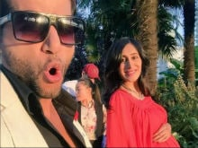 Karanvir Bohra Shares First Pic of Wife Teejay's Baby Bump With a Message