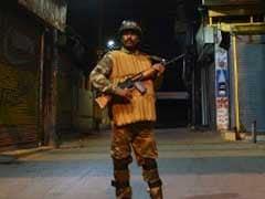 कश्मीर में आतंकियों का पुलिस चौकी पर हमला, एक पुलिसकर्मी की मौत, दो घायल