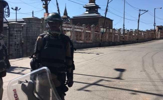 Policeman Killed, 2 Injured In Terrorist Attack In Jammu And Kashmir's Shopian