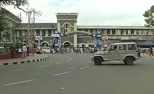 ट्रेड यूनियन की हड़ताल से केरल ठप, दिल्ली-मुंबई में खास असर नहीं : 10 खास बातें