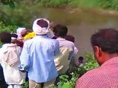 मध्य प्रदेश के खंडवा में दबंगों ने दलित महिला की शवयात्रा रोकी, पुलिस सुरक्षा में हुआ अंतिम संस्कार