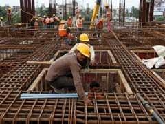 नई नौकरियों के लिए केंद्र सरकार जल्द लाने जा रही है 'हायर एंड फायर' कानून