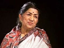 Lata Mangeshkar Says, On My Birthday, Remember and Donate for Soldiers