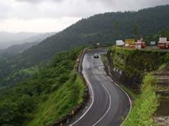 Traffic Resumes Partially On Mumbai-Goa Highway