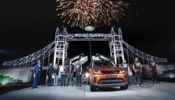 Land Rover Sets A New World Record With The Launch Of the New Discovery