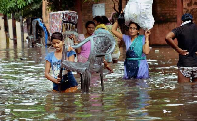 बिहार के कई जिलों में बाढ़ की स्थिति, नीतीश ने पीएम मोदी से मांगी सहायता- 10 खास बातें