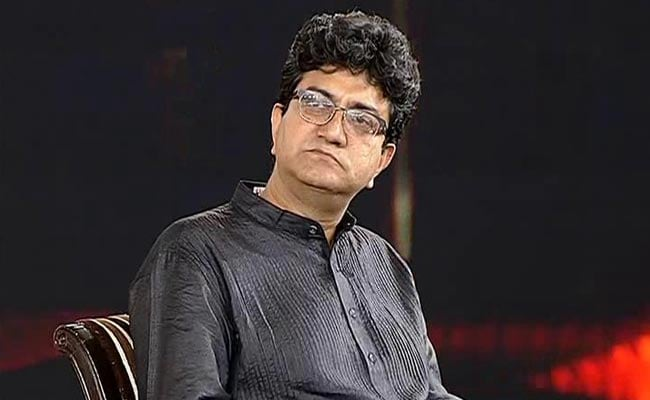 'Check Facts,' Says Censor Boss Prasoon Joshi, Asked To Quit Over PM Film