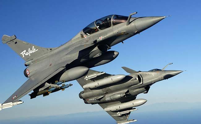 'भारत परमाणु संपन्न राफेल विमानों को चीन, पाक सीमा पर तैनात कर सकता है'