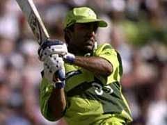 भारतीय गेंदबाजों की नाक में दम करने वाला पाक बल्लेबाज, जो एक घटना के बाद हो गया था क्रिकेट से दूर!
