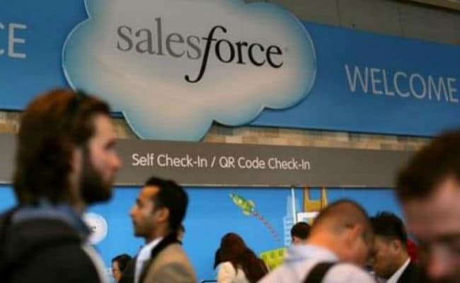 Salesforce Tries To Block Microsoft's $26.2 Billion LinkedIn Acquisition: Report