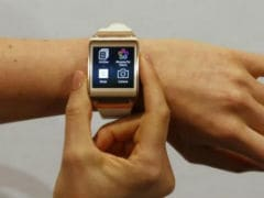 Samsung Testing Its Smartwatches To Work With Apple Phones