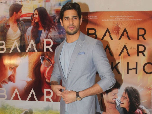 Sidharth Malhotra Turns Rapper on TV Show