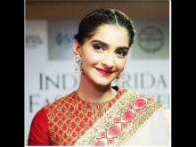 Sonam Kapoor Opens Up About Her Wedding Plans and <i>Veerey Di Wedding</i>