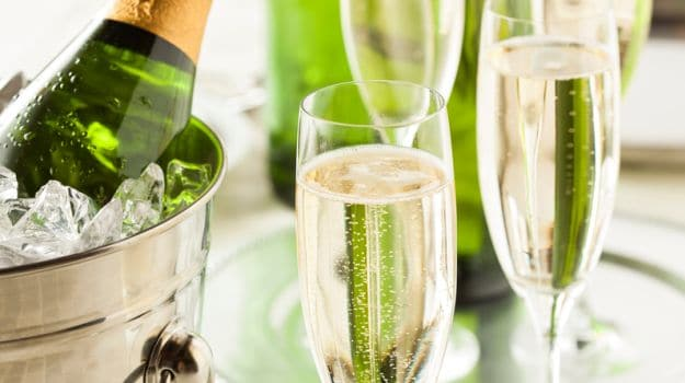 Sparkling Wine Versus Champagne: What's the Difference?