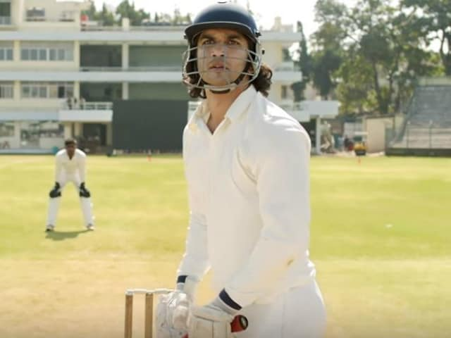 Sushant Singh Rajput's Review of Himself As Mahendra Singh Dhoni