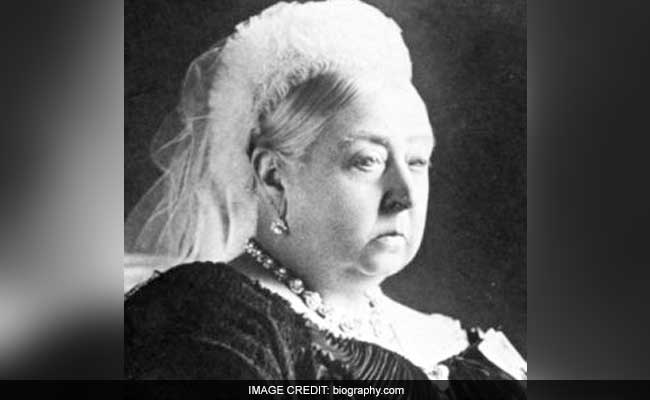 Slice Of Queen Victoria S Wedding Cake Sold For 1 500 Pounds