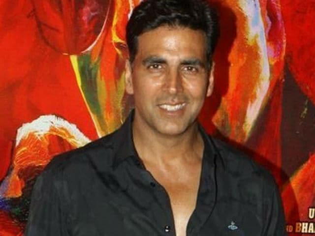 Akshay Kumar Strikes Gold. Shares First Look of the Film With Reema Kagti