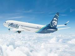 An Alaska Airlines Pilot Said A Captain Drugged And Raped Her. He Still Works For The Airline.