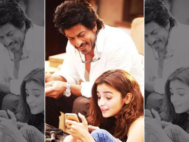 Have You Read Shah Rukh Khan And Alia Bhatt's Dear Zindagi Tweets?