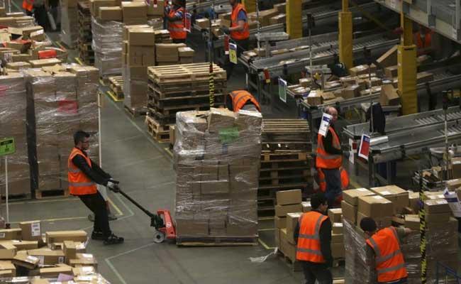 Amazon Makes Middle East Debut With Souq.com Acquisition