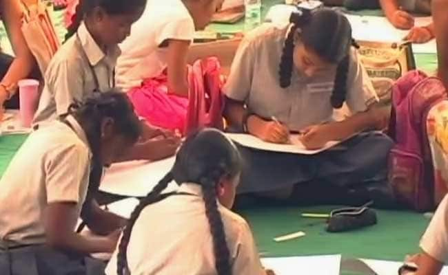 Veterans In Chennai Raise Awareness About Army's Heritage Among Children