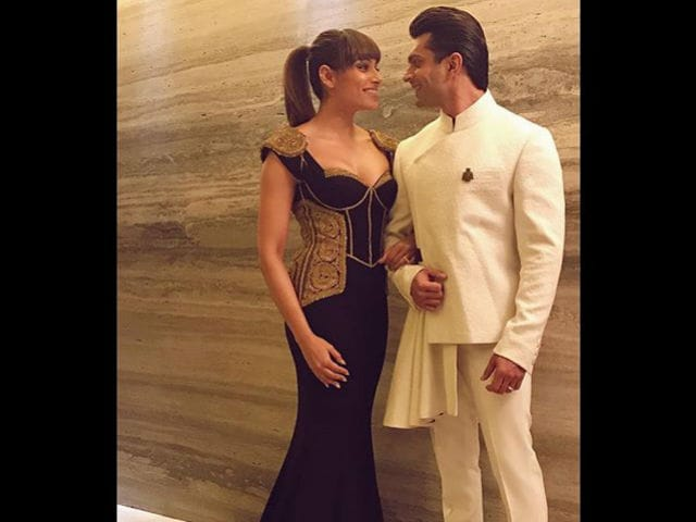 Bipasha Basu and Karan Singh Grover, So Crazy in Love. See Pics