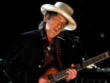 Bob Dylan Still Hasn't Responded to Nobel Prize Panel's Calls and E-Mails