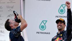 F1: Daniel Ricciardo Wins Scorching Malaysian GP As Nico Rosberg Finishes Third