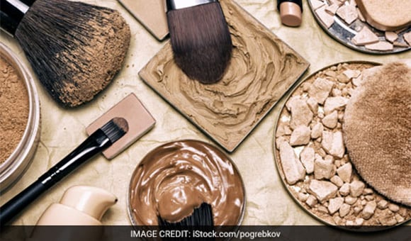 Here's How You Can Make An Organic Foundation For A Healthy Skin