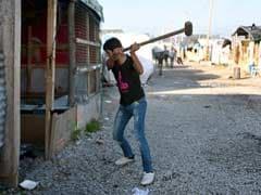 France Begins Demolition Of 'Jungle' Migrant Camp In Calais