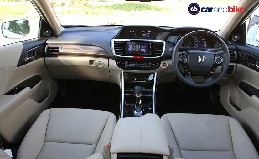 Honda Accord Hybrid Cabin