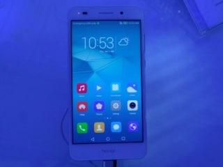 हॉनर हॉली 3 बजट 4जी स्मार्टफोन में है 8 मेगापिक्सल का सेल्फी कैमरा